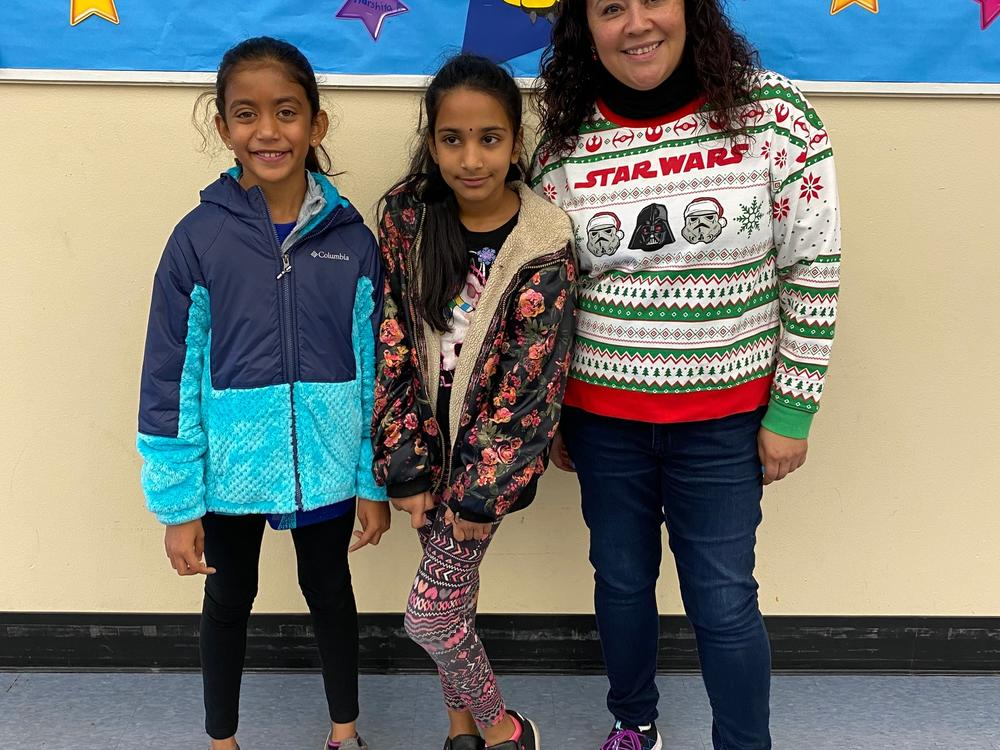 Hirsch Elementary Spelling Bee winners Swara and Diya.
