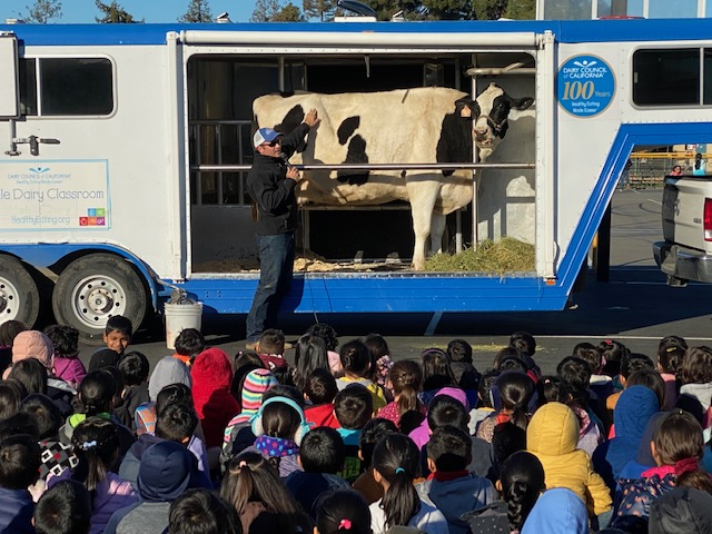 Dairy Council of California visits Patterson Elementary.