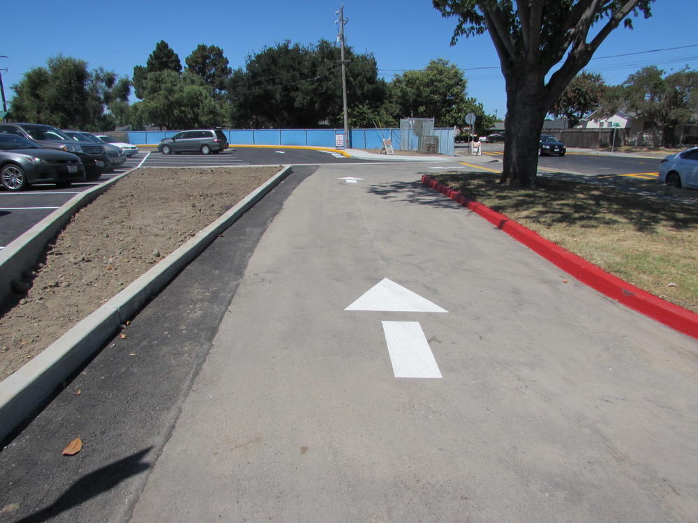 New pick-up drop-off loop at Patterson Elementary.