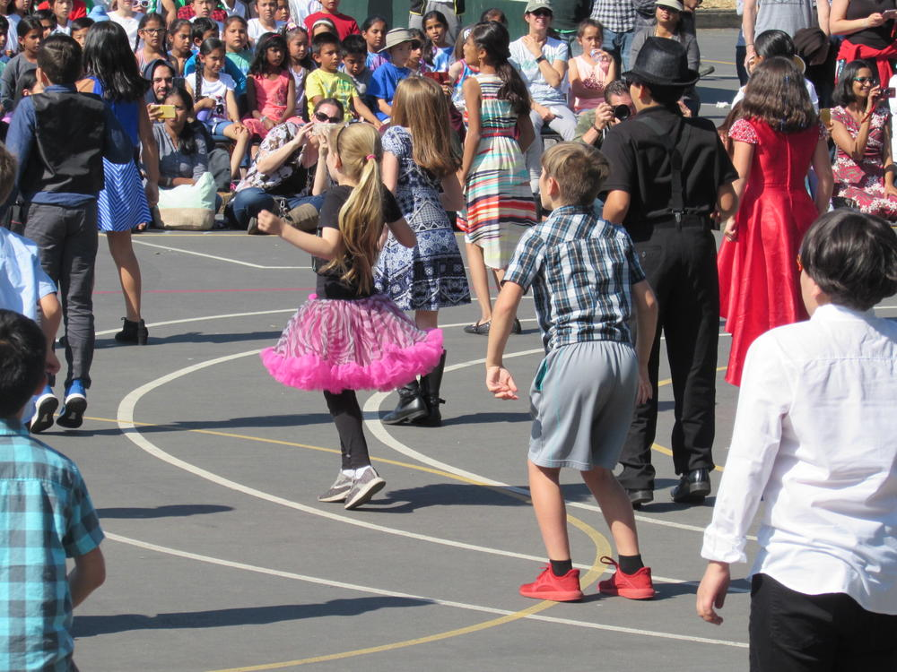 Niles students perform at annula Dance Festival May 31st.